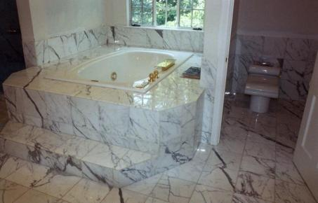 Marble Bath Full View